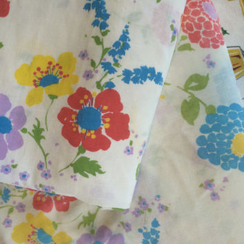 Vintage Twin Sheet Set Flower Power Vintage Linens Retro Floral Bedding