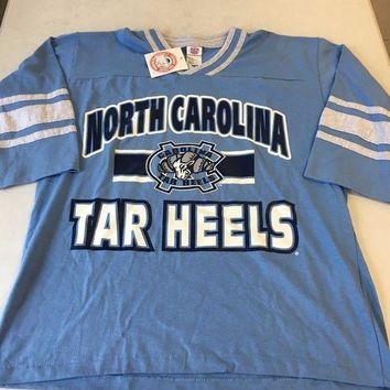 CREYONC. BRAND NEW YOUTH UNC NORTH CAROLINA TARHEELS RETRO WHITE STRIPE TEE SHIRT