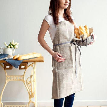 Traditional Full Grey Linen Apron with pockets