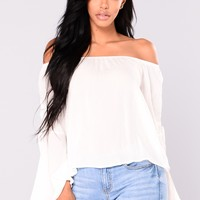 Going On Vacation Off Shoulder Top - Off White