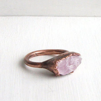 Raw Crystal Ring Size 5.5 Pink Kunzite Ring Gemstone Ring Cocktail Ring Gem Mineral Ring Stone Mineral Rough Artisan Gem Handmade