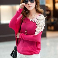 SOHO SHOULDER LACE URBAN SWEATER.