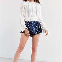 Kimchi Blue Bella Pleated Ruffle Blouse | Urban Outfitters