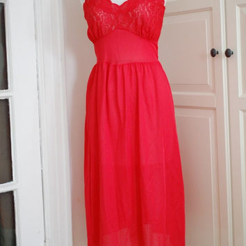 50% OFF SALE 50s Negligee, Lipstick Red, Lace, Chiffon, Nightgown, Lingerie, Size S/M
