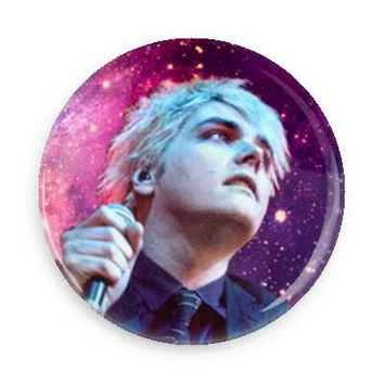 "Gerard Way pin - 1"" inch pinback button"