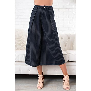 Crossed The Line Gaucho Pants (Navy)