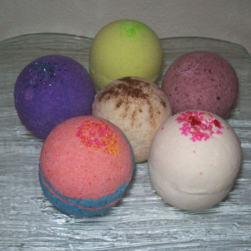 HALF DOZEN Bath Bombs Moisturizing Cocoa Butter by SweetSensations on Etsy