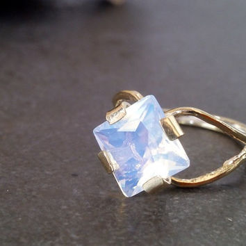 SALE!Opalite square ring,Opal Jewellery,Rhombus Ring, Moonstone  ring,Statement Ring,Rainbow Ring,Cocktail Ring,