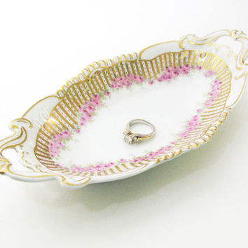 Very pretty vintage trinket dish with pink roses and gold trim - Pink rose candy dish ring dish jewelry dish