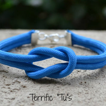 Square Knot Bracelet- Your Choice of 550 Paracord Color