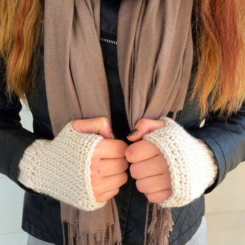 Crochet Fingerless Mitts, Fingerless Gloves, Linen color, Off-White