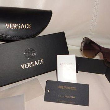 ONETOW Women's VERSACE sunglasses - 100% AUTHENTIC - Brown