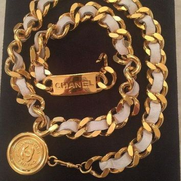 DCCKRQ5 SALE! ICONIC CHANEL VINTAGE WHITE & GOLD TONED CHAIN BELT 28''