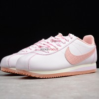 Nike CLASSIC CORTEZ Leather Lux Pink for women 861660 600 85 Women