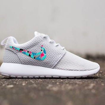 Womens Custom Nike Roshe Run sneakers, cute design, womens custom sneakers, Customized sneakers, Fashionable design,