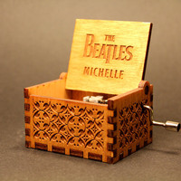Engraved  wooden music box (Michelle - Beatles)