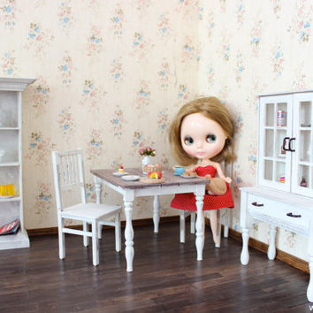 1/6 scale Miniature Cupboard/Hutch with doors for dolls(Blythe, Barbie, Pullip, Obitsu, Bratz, Momoko). Shabby Chic style