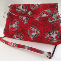Snoopy Valentine's Day Clutch Purse with Chain Strap / Hearts / Peanuts / Charlie Brown