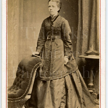 CDV Carte de Visite Photo Victorian Young Woman, Long Layered Dress Holding Book Portrait - T North of Dublin Ireland - Antique Photo