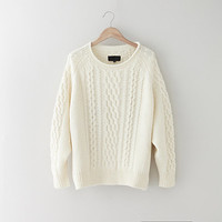 CABLE RAGLAN SWEATER