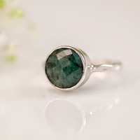 Raw Emerald Ring - Gemstone Ring - Silver Ring - Bezel Ring - May Birthstone Ring - Mother's Day Gift