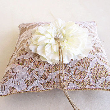 Burlap Ring Pillow , Burlap Ring Bearer, Flower Ring Pillow, Wedding Ring Pillow,