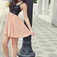 Little Taste Of Luxury Dress: Black/Blush