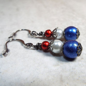 Drop Earrings, Red White and Blue, Patriotic Jewelry, USA United States US, Dangle Earrings, Gunmetal Plated, Fourth of July, Glass Beaded