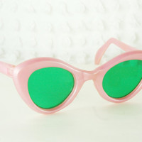 Pink Pearl 50s Sunglasses 60s Cat Eye Sun Glass Barbie Non Prescription NOS Adult Size