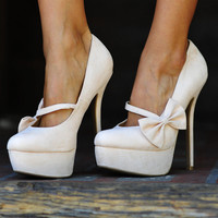 Bow Down To Me Heels: Ivory | Hope's