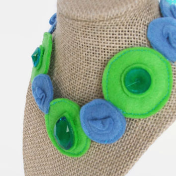 Blue and Green Princess Necklace for Girls // Dress-up accessories // Costume Jewelry // Photo Prop // Blue and Green Felt Necklace //