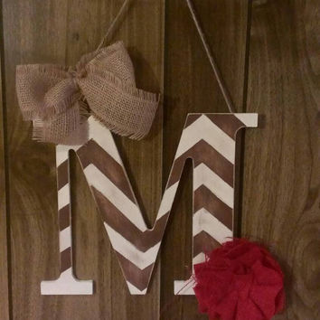 Brown and white chevron distressed initial door hanger - initial door hanger, monogram, chevron and burlap door hanger, door decor, rustic