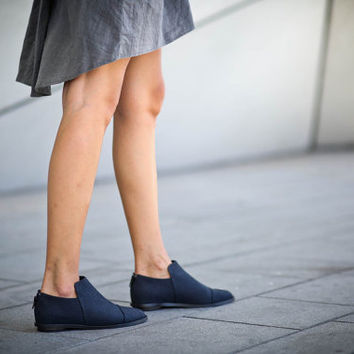 New! 20% Sale, Alba, Dark Blue Winter Shoes, Leather Brogue Shoes, Pointy Black Flats, Imprinted Leather Shoes
