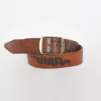 Vintage 70s Tooled SNAKE BELT / 1970s Brown Leather Brass Buckle Belt