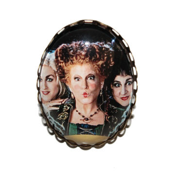 Sanderson Sisters Large Ring