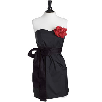 Strapless Stylist Apron Black with Red Accents