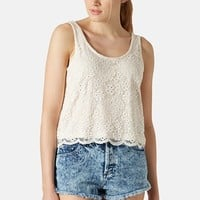 Petite Women's Topshop Scalloped Lace Tank
