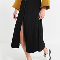 UO Amelia Button-Down Midi Skirt | Urban Outfitters