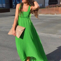 Green Square Neckline Sleeveless Pleated Yoke Maxi Dress