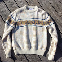 Vintage Men's Ski Sweater - Fair Isle - Cream Tan Blue - Snowflakes - Size M/L
