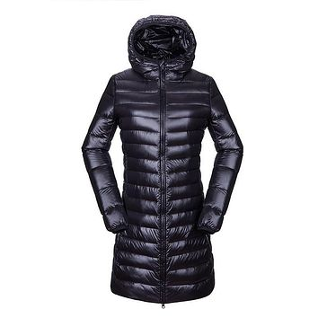 Hot S-3XL Female Autumn Winter Overcoat Puffer Long Jacket Thin Ultra Light 90% White Duck Down Coat Women Thermal Coats Parka