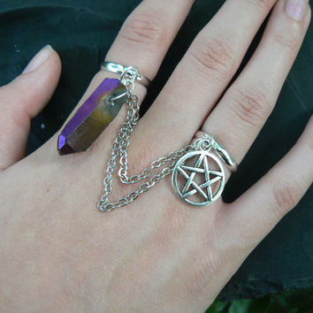 mystical quartz and petagram chained double ring pentagram quartz crystal slave ring in fantasy boho Wicca wiccan witch magic hipster style