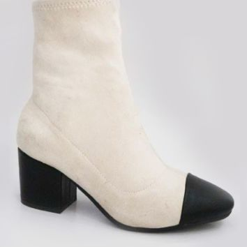 Snoopy Booties in Ivory