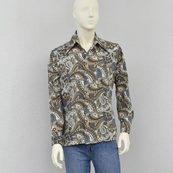 Vintage 70s Polyester Gray and Tan Disco Shirt, Paisley Shirt, Mens Retro Shirt, Butterfly Collar, Big Collar Shirt, Size M