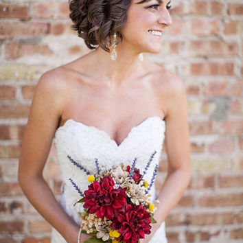 Rustic Wedding / Country Wedding /  Fall Wedding / Silk Bridal bouquet / Maid of Honor / 2 Boutonnieres / 4 pcs / Silk Wedding Flowers