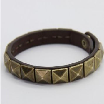 Punk Style cortex Bracelet With Rivets
