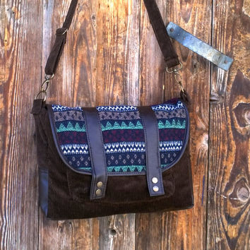 Crossbody bag, Messenger bag, Fall purse, Travel bag ,  Tribal Vintage wool