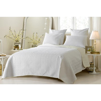 Reversible Ivory/White Diamond Quilted Coverlet Set