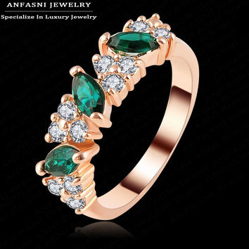 Luxury Imitation Emerald Ring Real 18K Rose Gold Plated Genuine SWA Stellux Lovers Jewelry Ri-HQ1133