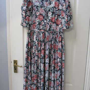 Laura Ashley Cotton Tea Dress - UK size 14  - Floral Tea Dress - Laura Ashley Print - Laura Ashley Fabric - Rockabilly Clothing